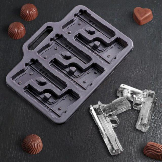 Форма для шоколада «Пистолет»