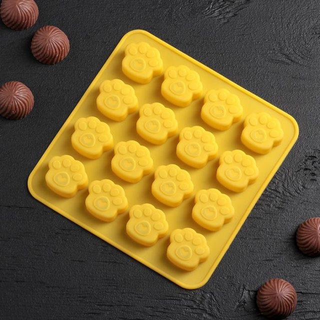 Форма для шоколада «Лапки»