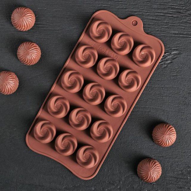 Форма для шоколада «Завиток»