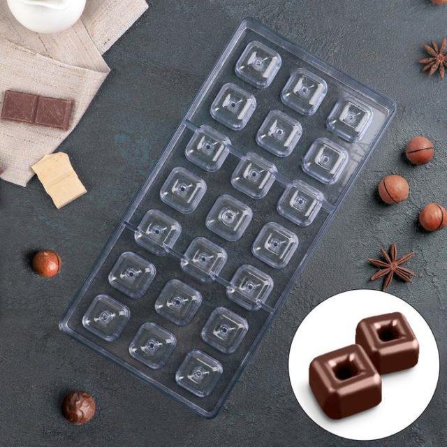 Форма для шоколада «Пончик квадратный»