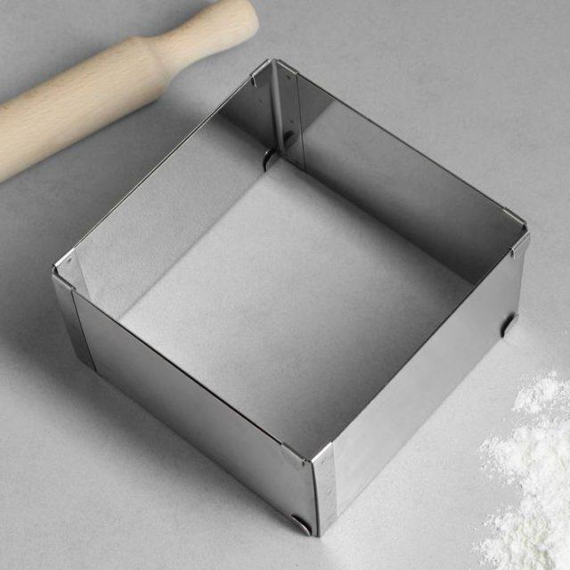 Форма для выпечки раздвижная «Квадратная»