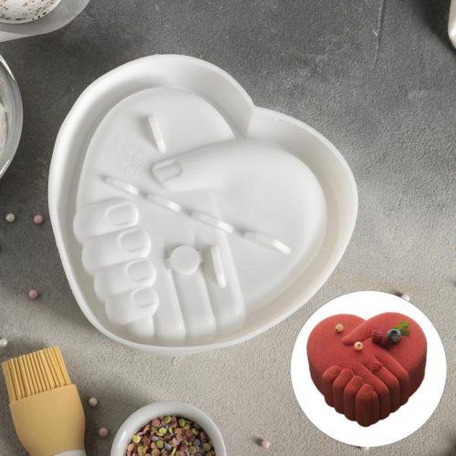 Форма силиконовая для муссового торта «Рука любимого»