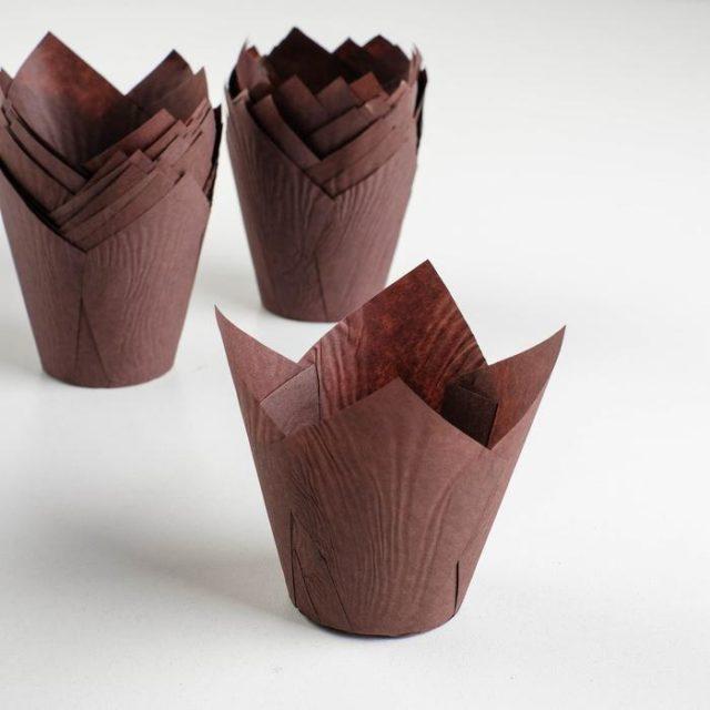 Форма-тюльпан для выпечки коричневая