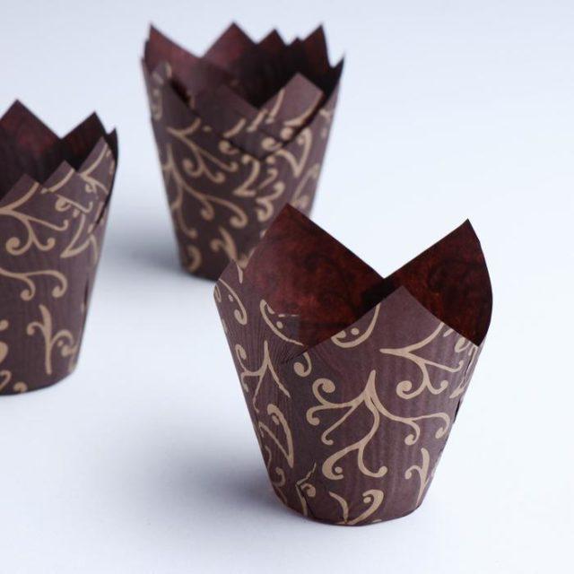 Форма-тюльпан для выпечки коричневая, золотые лилии