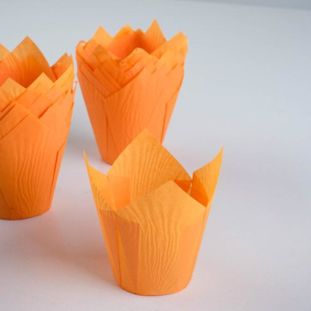 Форма-тюльпан для выпечки оранжевая