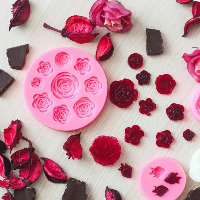 Молд силиконовый «Круговорот роз»