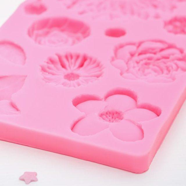 Молд силиконовый «Цветы»