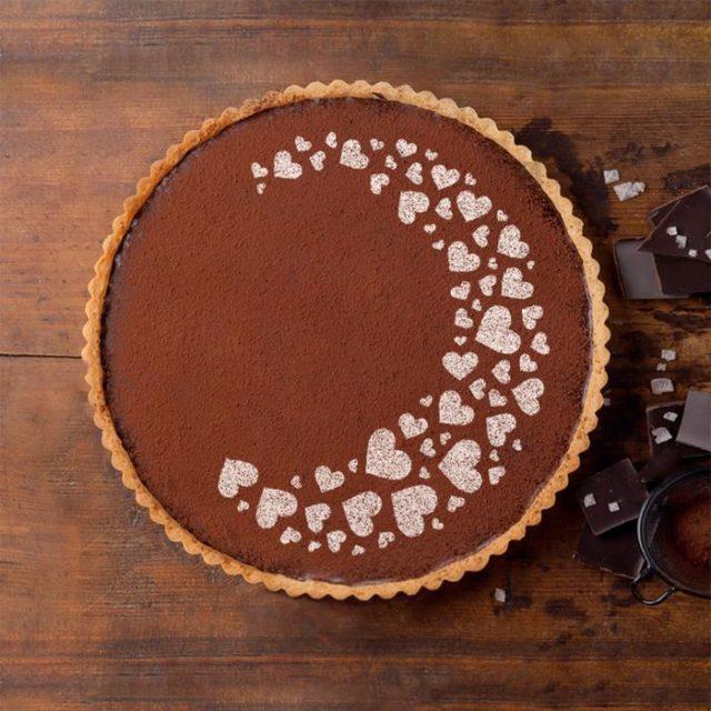 Трафарет для торта «Сердечки»