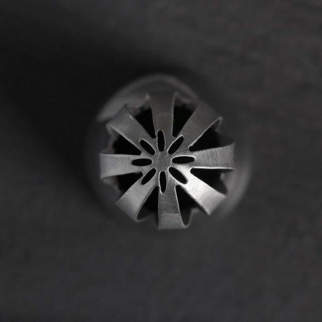Насадка кондитерская «Восточная роза» с широкими прорезями