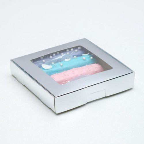 Коробка для десертов 16×16×3 см серебряная