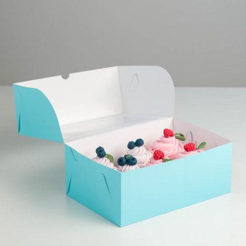 Коробка на 6 капкейков с окном - голубая